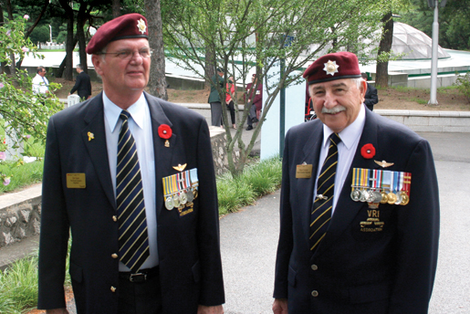 Royal Canadian Regiment veterans Jim Gunn (left) and  Russ Cormier reminisce. [PHOTO: TOM MACGREGOR]