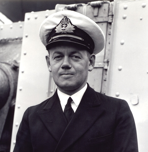 Lieutenant-Commander H.F. Pullen. [PHOTO: NATIONAL DEFENCE, LIBRARY AND ARCHIVES CANADA—PA104290]