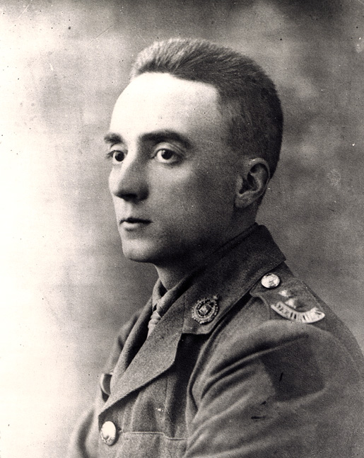 Lt. Gordon M. Flowerdew VC was a Walhachin resident. [PHOTO: LIBRARY AND ARCHIVES CANADA–PA006810]