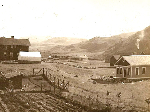 A Walhachin landscape, early 1900s. [PHOTO: JANET AND MIKE CLARKE OF NORTHERN IRELAND]