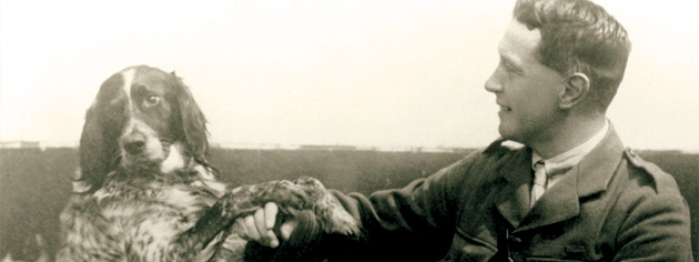 During the war, John McCrae became friends with a casualty named Bonneau. [PHOTO: LIBRARY AND ARCHIVES CANADA—C46284]