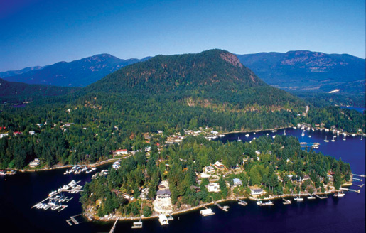 The Sunshine Coast offers spectacular views of the mountains and water. [PHOTO: VANCOUVER, COAST & MOUNTAINS, GRAHAM OSBORNE]