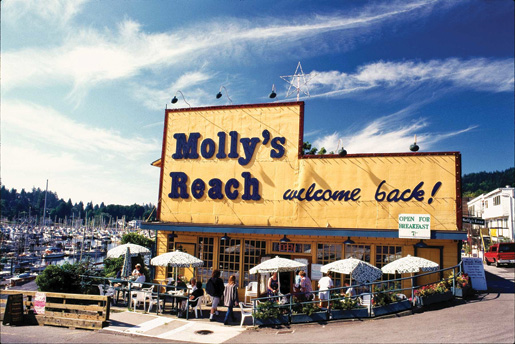 Molly's Reach in Gibsons still attracts crowds. [PHOTO: VANCOUVER, COAST & MOUNTAINS, BOB YOUNG]