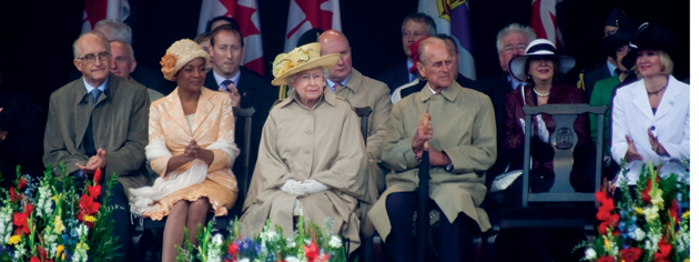 Governor General Michaëlle Jean and the Queen at the official welcome. [PHOTO: TOM MacGREGOR]