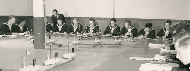 Signal skills are taught to ratings during the Second World War. [PHOTO: CANADIAN NAVY]