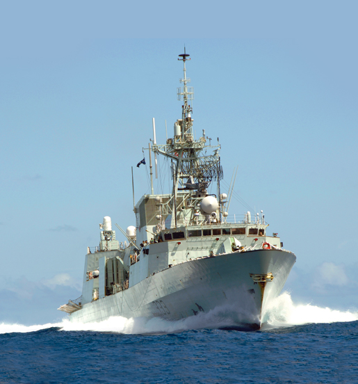 HMCS Toronto participates in anti-piracy patrols off the coast of Somalia, September 2007. [PHOTO: CANADIAN FORCES]