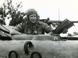 Major-General Hoffmeister [PHOTO: LIBRARY AND ARCHIVES CANADA]