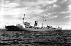 HMCS Chilliwack [PHOTO: LIBRARY AND ARCHIVES CANADA]
