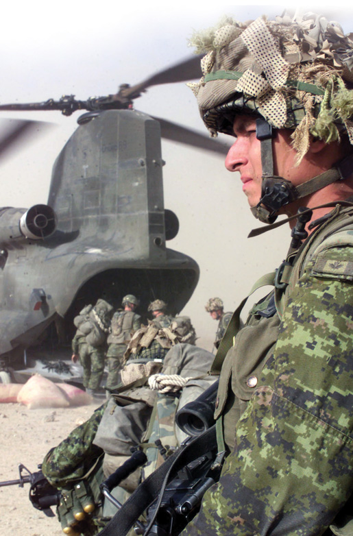 A Canadian soldier. [PHOTO: COMBAT CAMERA]