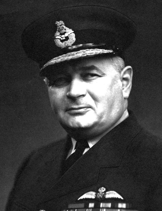 CHIEF AIR MARSHAL LLOYD BREADNER [PHOTO: CANADIAN WAR MUSEUM—19700174-011]
