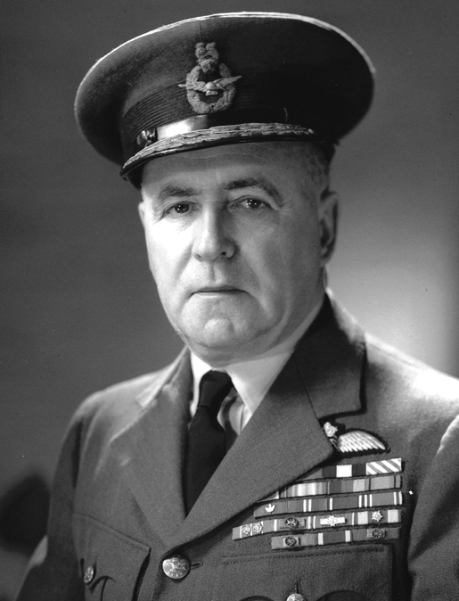AIR MARSHAL ROBERT LECKIE [PHOTO: LIBRARY AND ARCHIVES CANADA—PA166416]