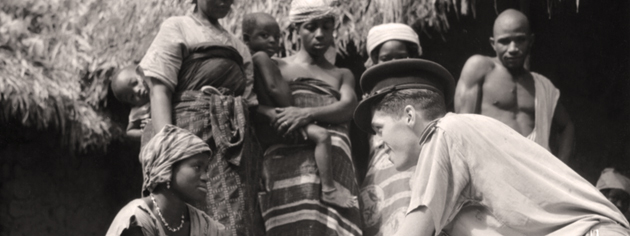 RCAF Flying Officer Raymond Hart, a meteorological officer, visits a West African village. [PHOTO: LIBRARY AND ARCHIVES CANADA—PL-18558]