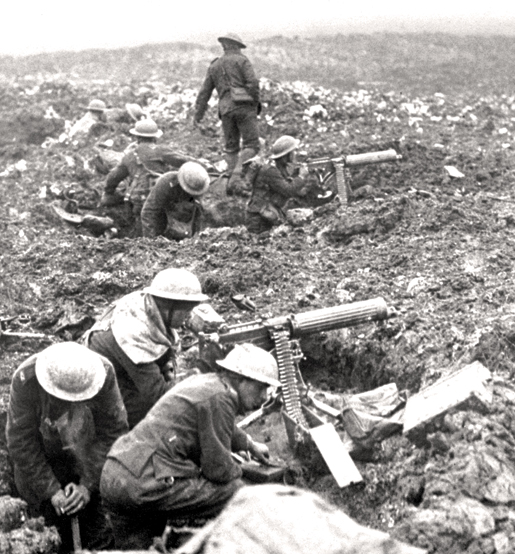 A Vickers machine-gun crew prepares to sweep the front at Vimy Ridge. [PHOTO: LEGION MAGAZINE ARCHIVES]