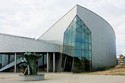 The Juno Beach Centre, Courseulles-sur-Mer, France. [PHOTO: SHARON ADAMS]
