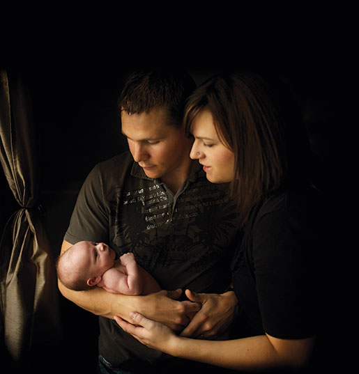 The Last Portrait: Byron, Lindsay and baby Brielle. [PHOTO: ERIK HORNUNG PHOTOGRAPHY]