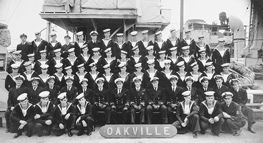 The crew of HMCS Oakville, Halifax, 1942. [PHOTO: COURTESY SEAN E. LIVINGSTON, www.hmcsoakvillebook.com]