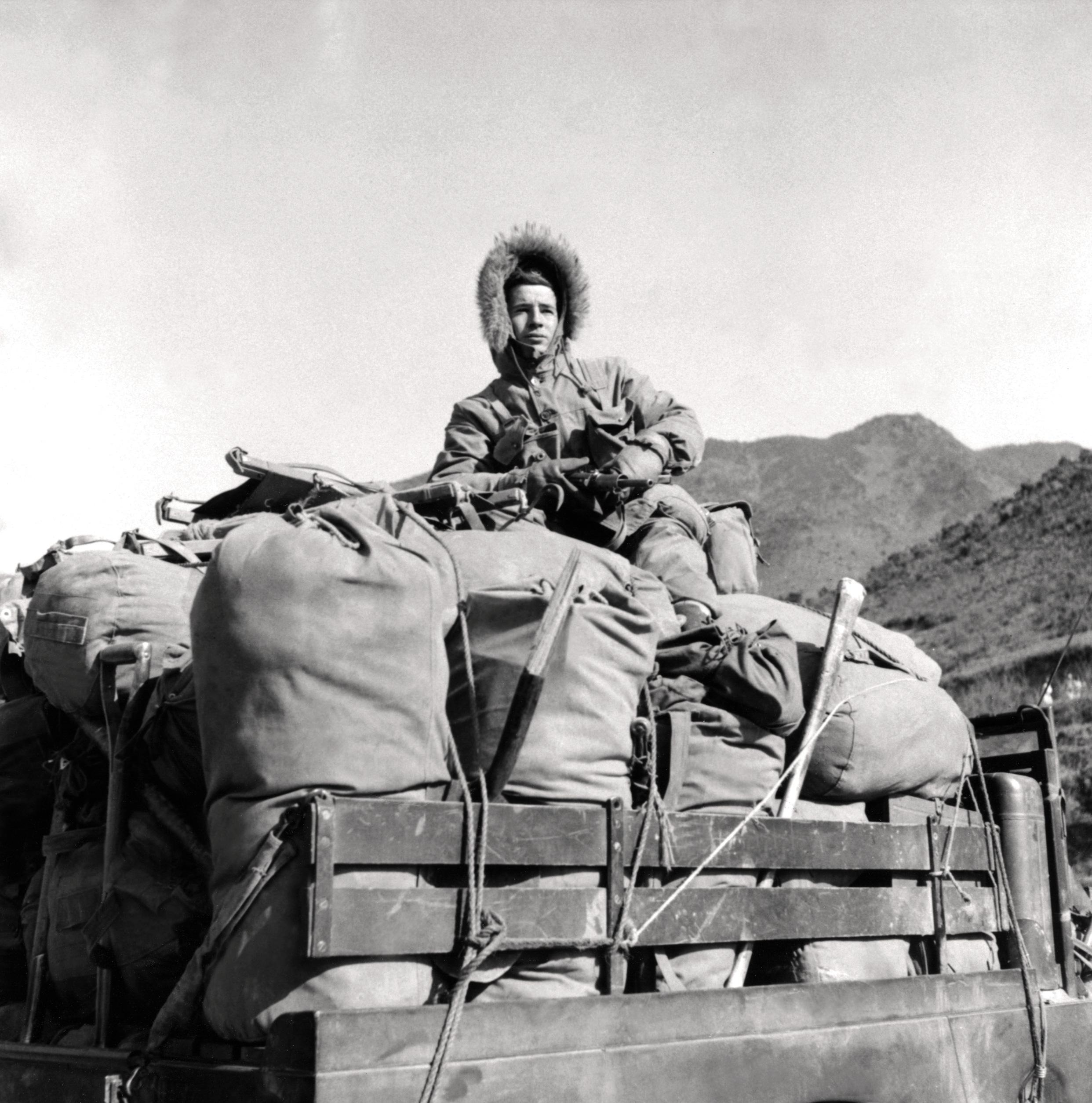 Historic Korean War Photo – Watching For Enemy Movement