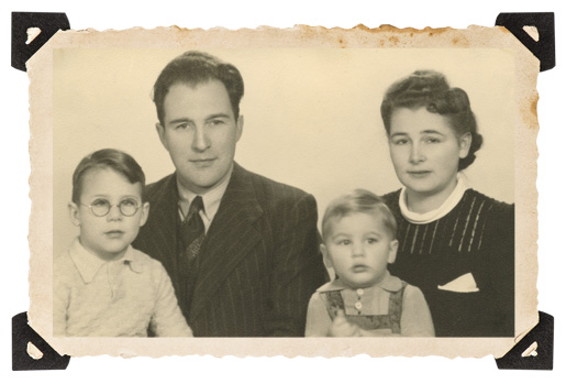 The author, his parents and his younger brother in 1947. [Courtesy of Gerard Triesman]