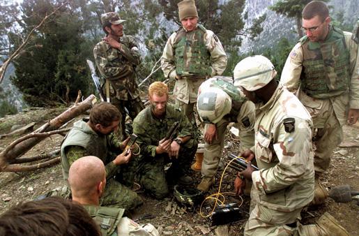 Tora Bora region, Afghanistan. [DND/AP2002-5424]