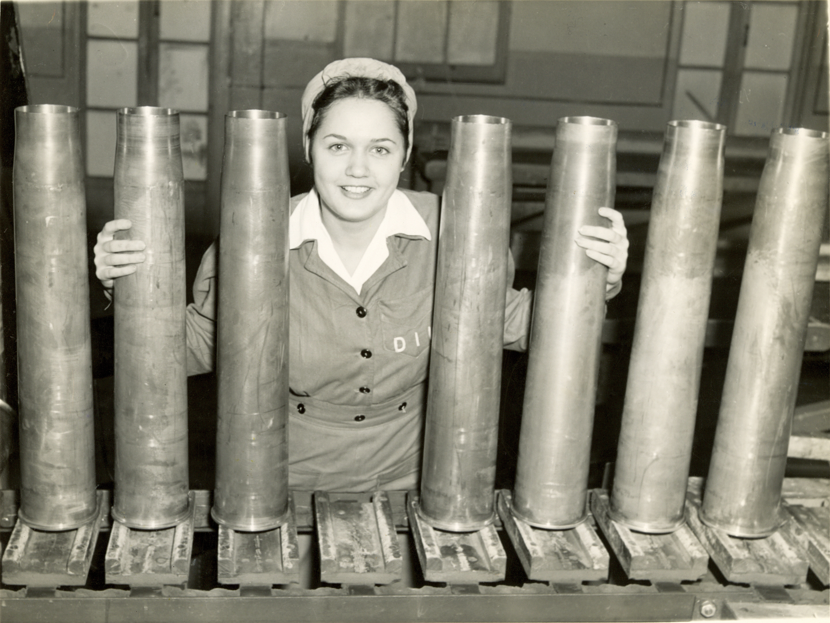 Bomb Girls 2