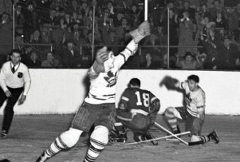 wartime-hockey-heores-feature