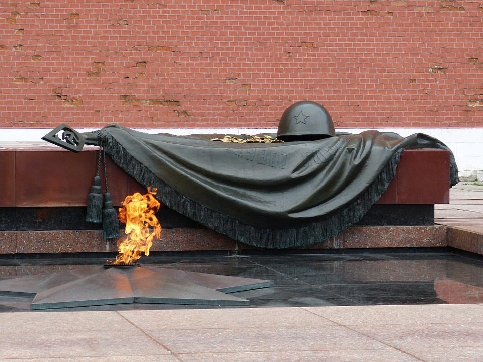 11 memorials to unknown soldiers from around the world