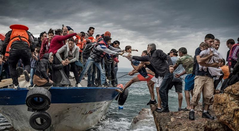 """UN warns of a """"global refugee crisis,"""" urges peace and stability"""