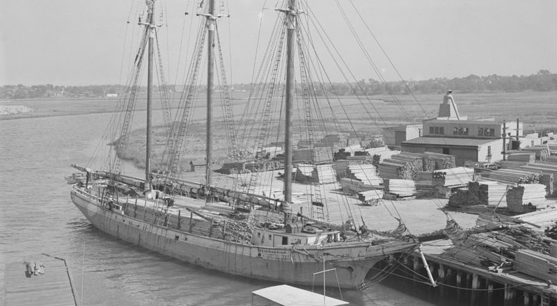 Diver discovers suspected wreckage of Halifax Explosion